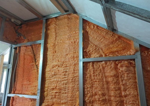 Теплоизоляция стен мансарды полиуретаном
