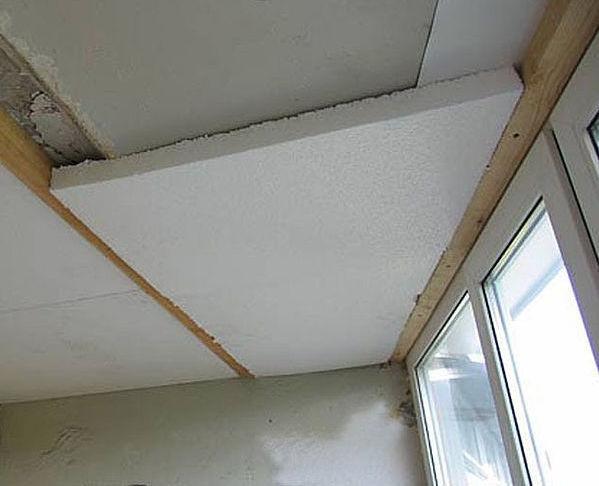 Выбор пенопласта как утеплителя для потолка